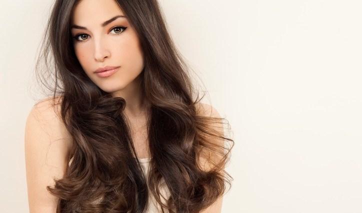 iStock 525230296 - Como ter cabelos lindos para o fim de ano?