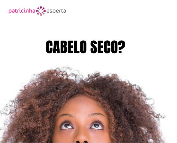 attractive woman looking up picture id851497828 - Cabelo Seco X Ressecado: Qual a Diferença?