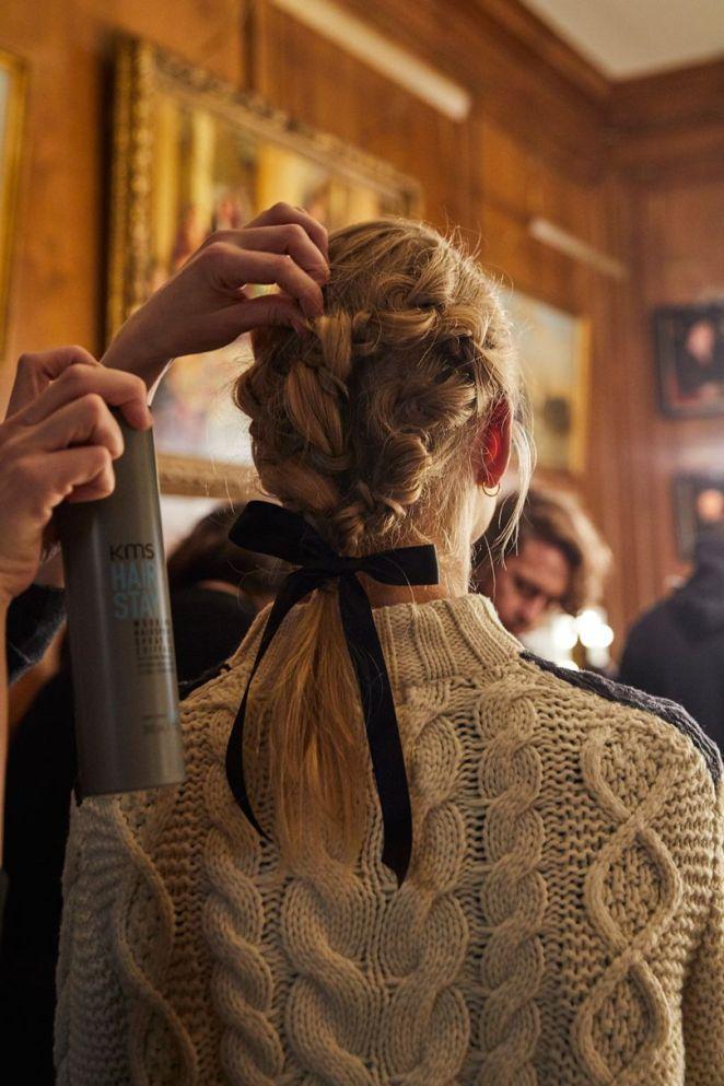 braid bows - Tendência de cabelo Outono/Inverno 2018: Penteados, Cores e Cortes