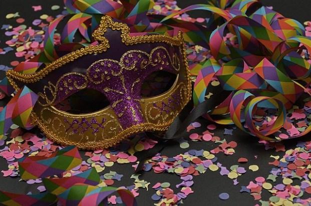 baile de mascara 621x413 - Fantasias De Carnaval 2020: Looks Para Copiar