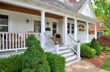Cape Cod with Front Porch