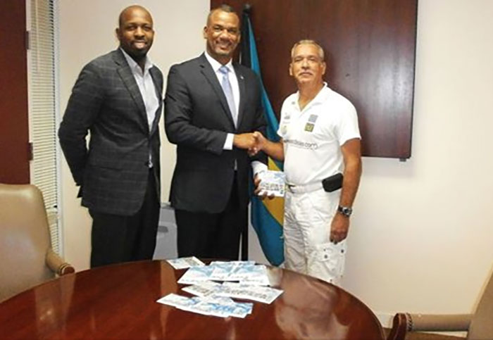 jerome-fitzgerald-ministre-education-bahamas