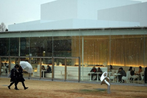 What to do in Kanazawa? The museum of contemporary art is one of the things not to be missed