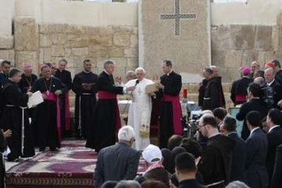 Pope Benedict prepares to address pilgrims and media atop Jordan's Mt Nebo