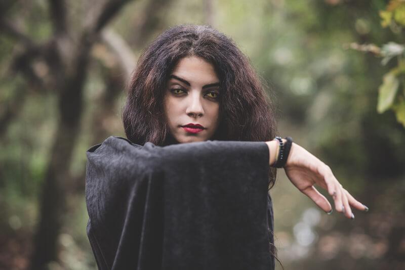 Jezebel spirit showing a vampire woman