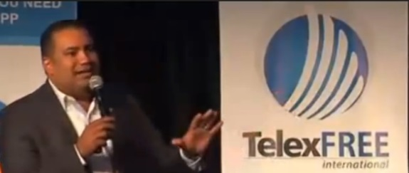 Santiago De La Rosa at a TelexFree pitchfest. Source: YouTube.