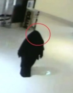 Suspect in killing shown in a common area of the mall. Source: Abu Dhabi police video from CCTV.