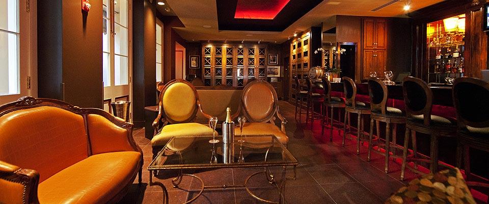 New Orleans Wine Bars  Patricks Bar Vin