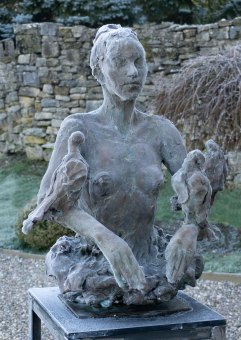 Frostbitten Woman with Doves 87x56x57cm 1/8 ©2019