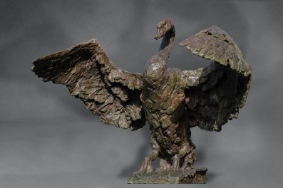 Swan bronze 1/8 110 x 100 x 100 cm Conceived as a fountain for Robécourt (F)