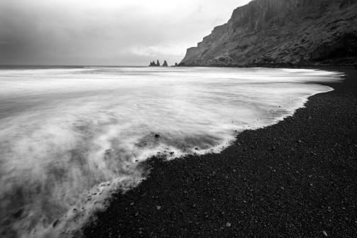 schwacher Graufilter um die Wellen im Wasser fliessen zu lassen.