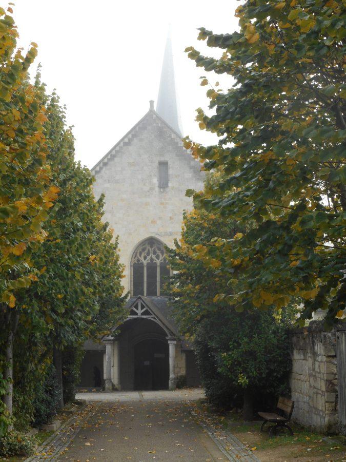 L'église Saint-Michel de Fontevraud-l'Abbaye (49)
