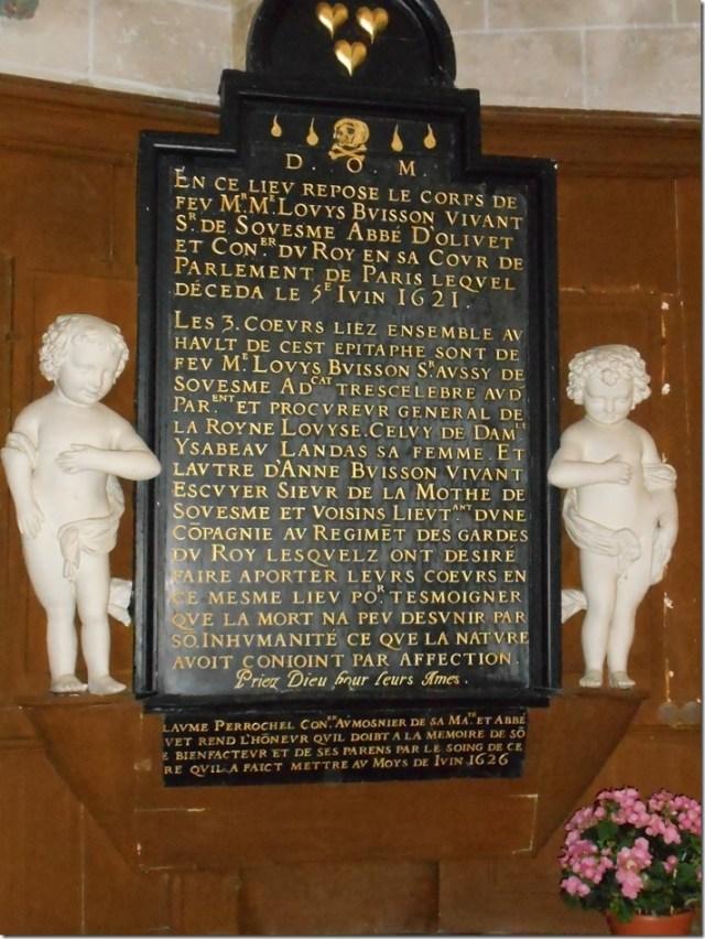 Plaque commémorative de l'église Saint-Julien de Souesmes (Loir-et-Cher)