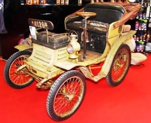 1901-De-Dietrich-Vis-à-vis-300x245 Licence Bollée Historique 3 Lorraine Dietrich