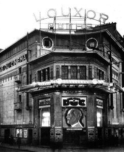 489px-Louxor_-_Movie_Theater_-_1930-244x300 Voisin fait son cinéma Divers