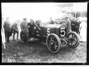 [Arthur] Duray sur Lorraine-Dietrich [Grand prix de l'A. C. F. 1908, course automobile à Dieppe le 7 juillet]
