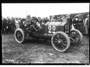 [Henri] Rougier sur Lorraine-Dietrich [Grand prix de l'A. C. F. 1908, course automobile à Dieppe le 7 juillet]