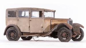 Berliet-VRC-12-HP-limousine-avec-séparation-chauffeur-c.-1930-300x166 Sortie de grange pour la collection Baillon Autre Divers