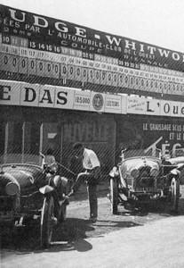 126_annuel-1990-207x300 Lorraine Dietrich aux 24h du Mans de 1925 Divers Lorraine Dietrich Lorraine Dietrich aux 24h du Mans de 1925