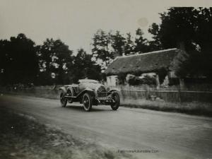1925.-Les-24-heures-du-Mans.De-Courcelles-et-Rossignol-300x225 Lorraine Dietrich aux 24h du Mans de 1925 Divers Lorraine Dietrich aux 24h du Mans de 1925