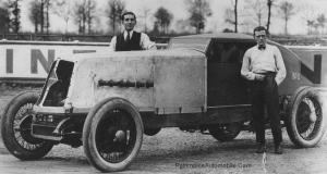 Renault-NM-40cv-1926-21-300x160 Renault NM 40 CV des records de 1926 Divers Voitures françaises avant-guerre