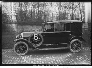 Pesage de Paris-Nice [critérium de tourisme automobile, à Neuilly-sur-Seine, le 12 février 1923], Brisson sur Lorraine-Dietrich