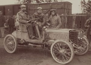 Marius-Barbarou-sur-Clément-Bayard-Circuit-des-Ardennes-1902-300x216 Marius Barbarou dans Motor Sport (1949) 1/2 Lorraine Dietrich Marius Barbarou dans Motor Sport (1949) 1/2