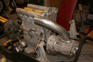 moteur-bugatti-t73-t73c-1-300x200 Bugatti Type 73C Divers Voitures françaises après guerre
