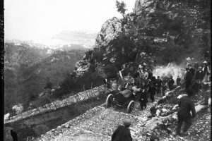 Lorraine-Dietrich de Paul Meyan, la montée de Monaco à La Turbie, le 10 avril 1908 1