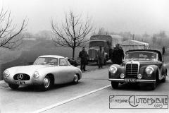 Mercedes-Benz-300-SL-W-194-with-chassis-number-1-1952.-300x200 Mercedes 300 S coupé de 1952 Divers