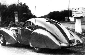 Bugatti-atlantic-Chatard-3-300x196 Bugatti Type 57S Atlantic 1936 (57473) Divers Voitures françaises avant-guerre