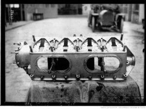 Peugeot-de-course-de-Boillot-2-300x225 La Peugeot des Charlatans (GP 1912) Cyclecar / Grand-Sport / Bitza Divers