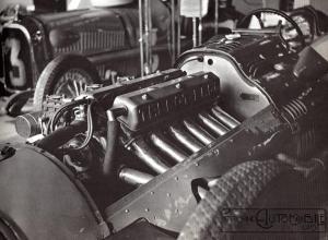 moteur11-300x220 Talbot Lago T26 GP 1948 Cyclecar / Grand-Sport / Bitza Divers Voitures françaises après guerre