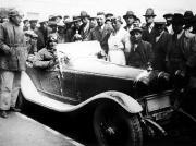 1931-Alfa-Romeo-6C-1750-Compressore-de-Giuseppe-Campari-à-ses-côtés-Enzo-Ferrari-et-Achille-Varzi-300x223 Alfa Romeo 6C 1750 GS par Figoni 1933 Divers Voitures étrangères avant guerre
