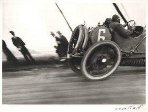 jacques-henri-lartigue-300x227 Photo Théo. Schneider 1913 par J.H. Lartigue Autre Divers