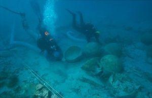 Excavación en el pecio de la Albufereta. Foto; Moya