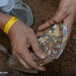 Recuperan restos de cargamento de porcelana china de 400 años de antigüedad en México