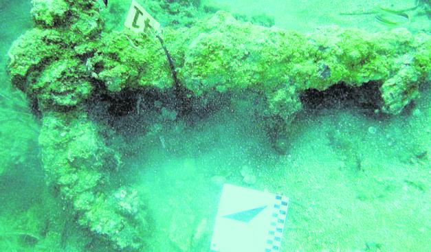 Hallan en el Portitxol de Xàbia más de cien anclas y tres posibles barcos romanos