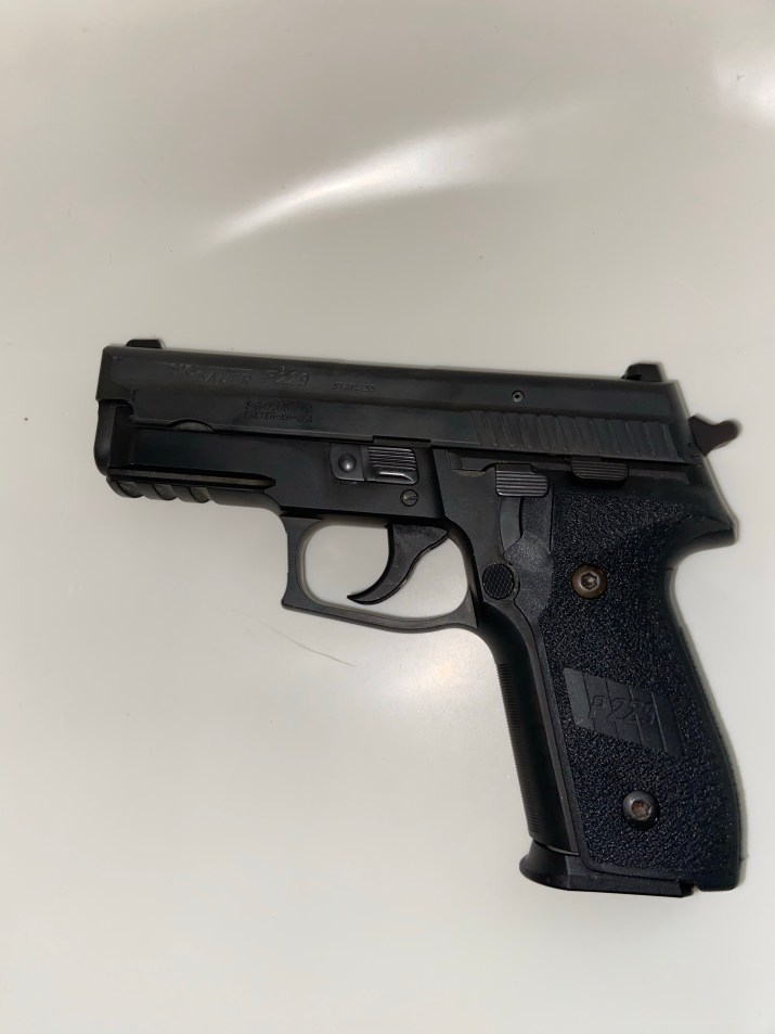 Left side view of the SIG SAUER P229