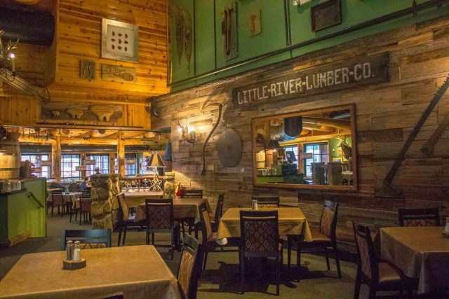 The dining room at Park Grille