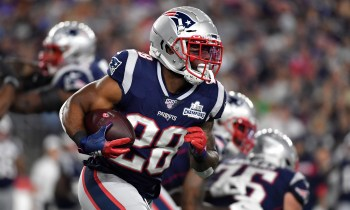 Why James White felt like he wasn't part of the team in Week 3 | Patriots Wire