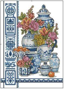 Gráfico de punto de cruz GRATIS al comprar la tela y los hilos para su bordado. Dibujo de jarrones azules y flores.