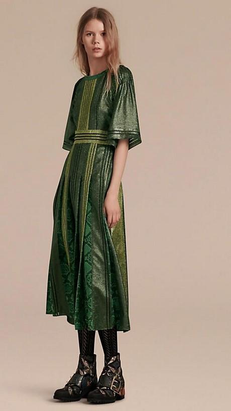 Langes kleid grn