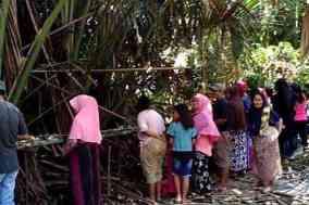 Tradisi Mappakande Rindu Masyarakat Pattae yang ada di Kampung Kurma