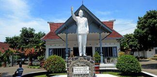 4.4-magnitude earthquake shakes East Java: BMKG