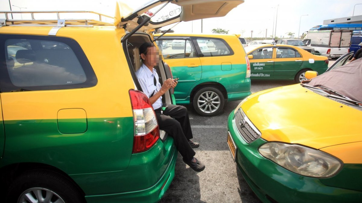 Taxi drivers to descend on Transport Ministry demanding fare hike