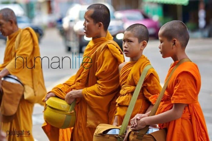 Becoming a Thai Buddhist Monk