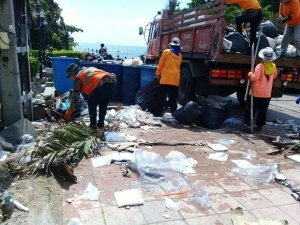 Pattaya clears trash, threatens new fines. Pattaya sanitation workers spread out across the city to clean up spots plagued by illegal garbage dumping