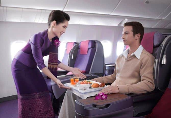 Thai Airways 'sorry' for dumping passengers out of First Class