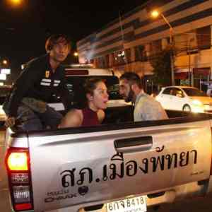 Two Russian tourists attack Indian tourists without provocation with bottle, arrested in Central Pattaya. At 11:30PM November 10th, 2018 at the intersection